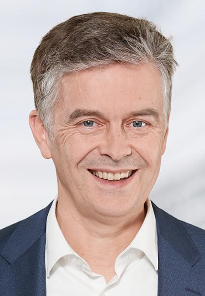 Dr. Oliver Falk, Klöckner & Co SE