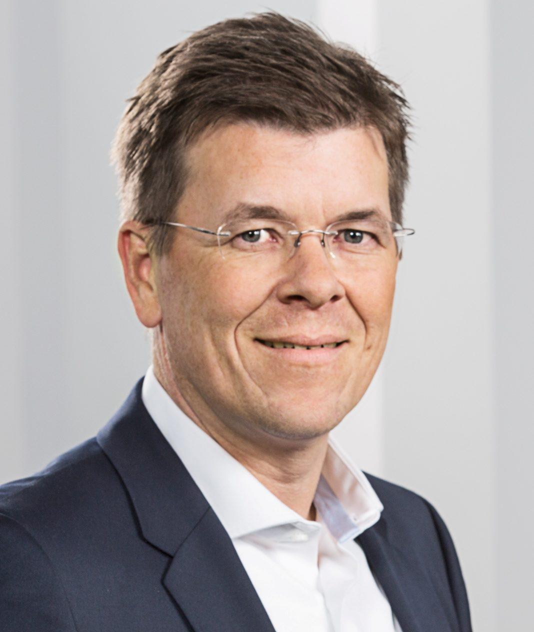 Christian Sailer, Weltbild GmbH & Co. KGaA
