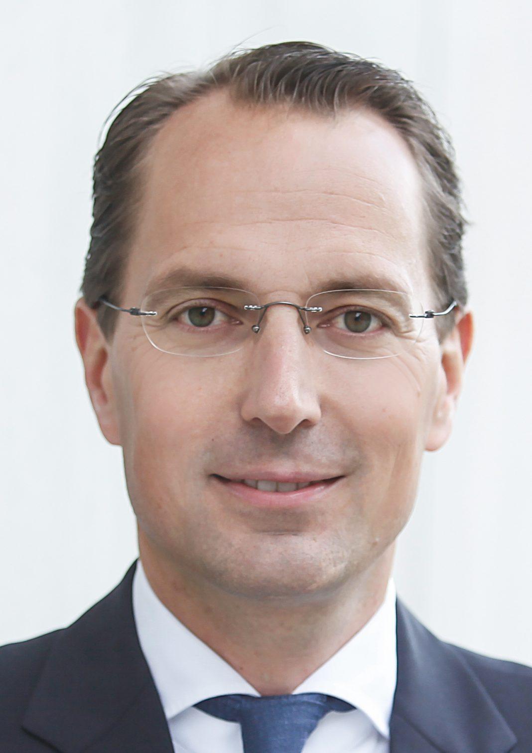 Jan Kümmel, Schmidt + Clemens Gruppe