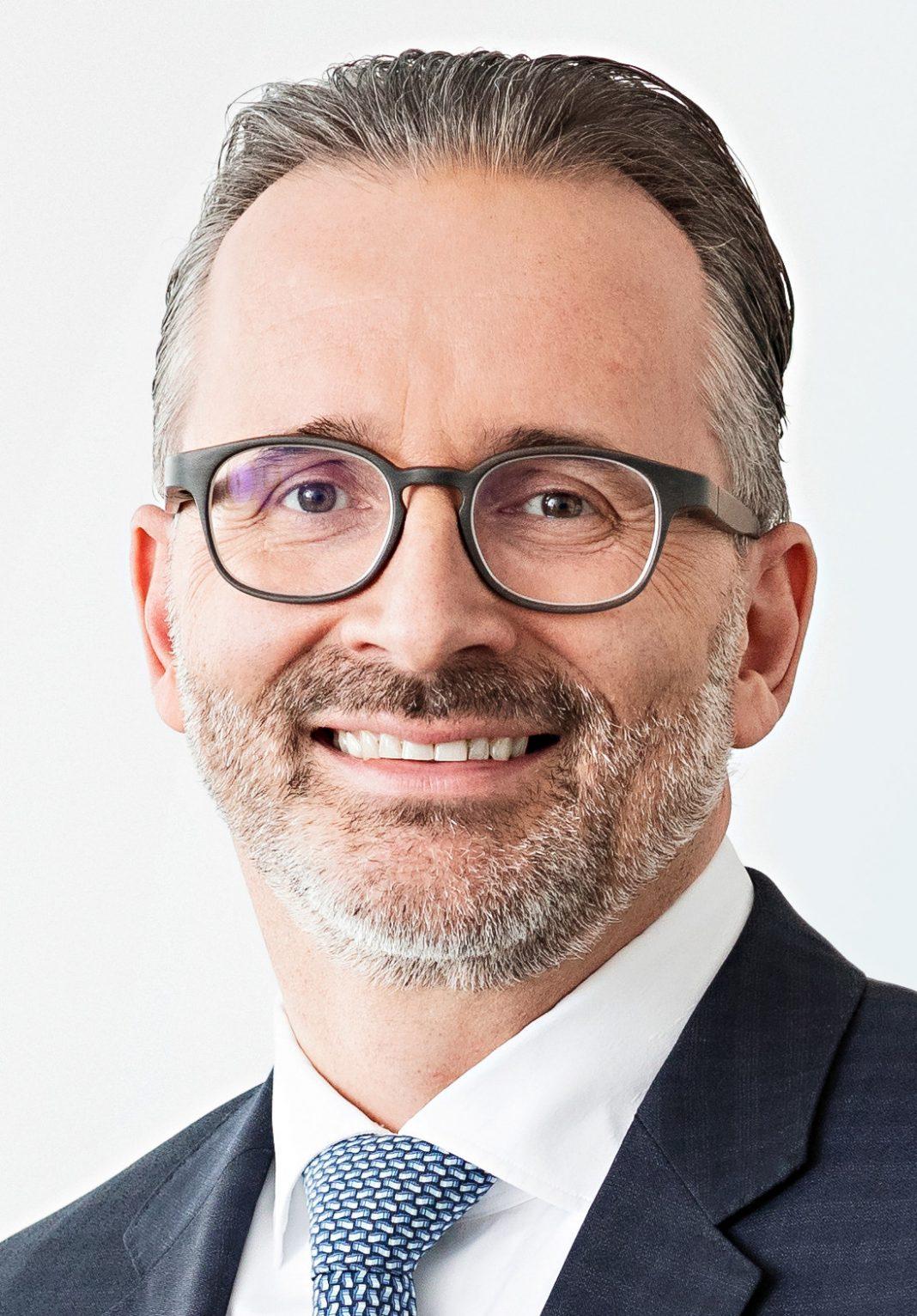 Carsten Knobel, Henkel AG