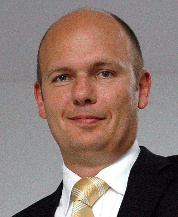 Dr. Hans-Gerd Wienands, Bitburger Holding