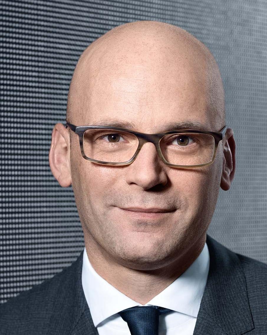 Mark Alexander  Langer, Douglas GmbH