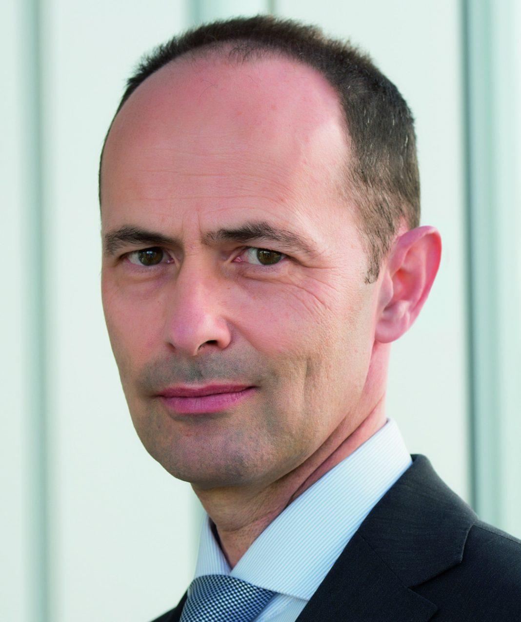 Oliver Schuster, Vossloh AG