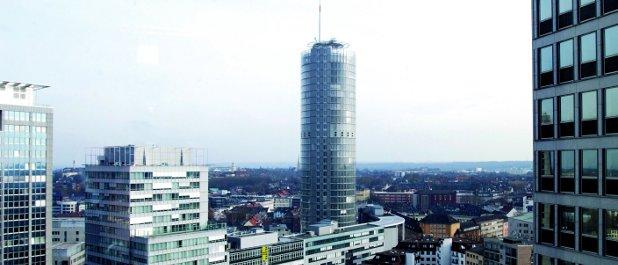 Der Stromriese RWE hat sich in seinem Anfang des Jahres aufgelegten Debt-Issuance-Program vorbehalten, künftig einen Vertreter der Anleger zu bestellen.