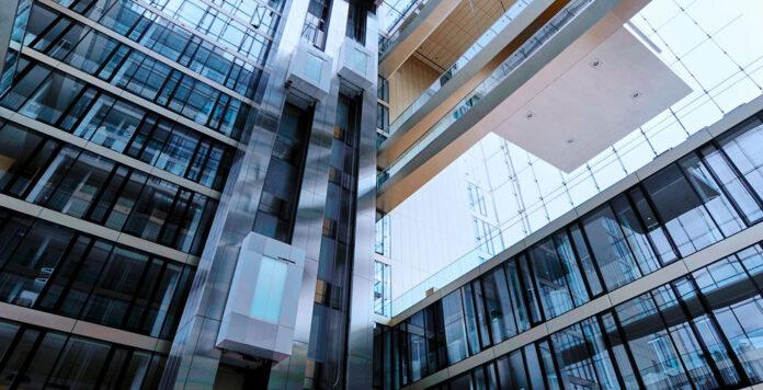 Nach dem Kauf der Aufzugsparte von ThyssenKrupp suchen die Käufer Advent und Cinven nun zusätzliche Investoren.