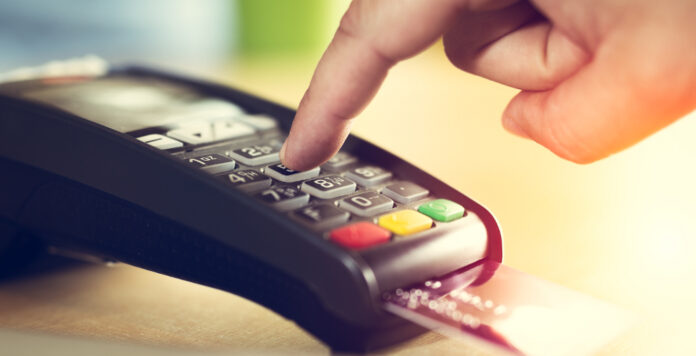 Immer mehr Deutsche nutzen bargeldlose Bezahlmethoden. Das wirkt sich auch massiv auf den M&A-Markt bei Zahlungsdienstleistern aus.
