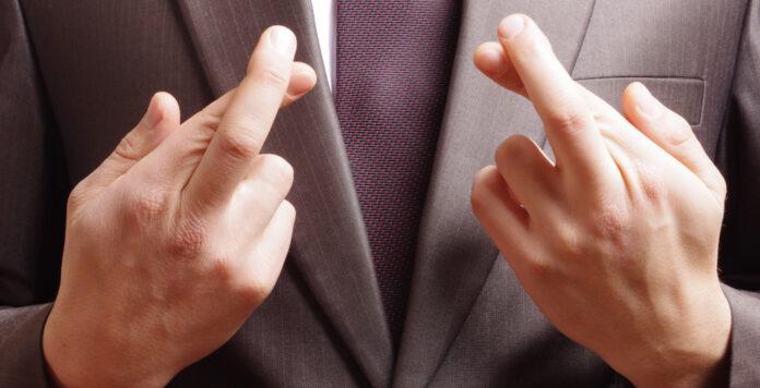 Betrüger haben es auf Finanzabteilungen abgesehen. Wie können CFOs sich und ihre Mitarbeiter schützen?