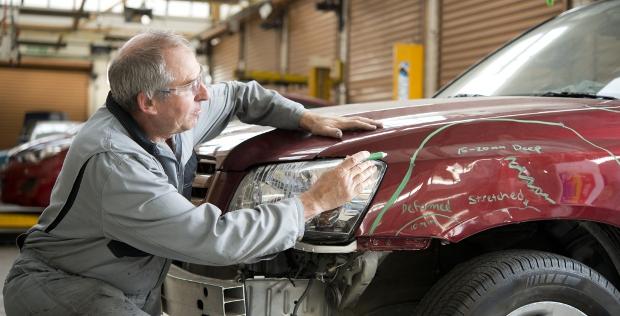 EQT investiert mit dem Kauf des Online-Händlers KFZ-Teile 24 in das Autogeschäft – einer der deutschen Midmarket-Deals 2015.
