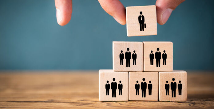 Wie Nomaden ziehen Interims-CFOs von Unternehmen zu Unternehmen – sie sollen bei schwierigen Phasen helfen.