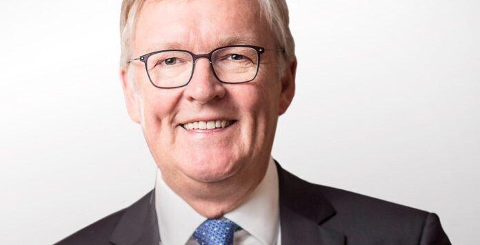 Der Ruf von Air-Berlin-Chef Thomas Winkelmann hat in den vergangenen Monaten gelitten. Nun verteidigt der CEO sein Vorgehen beim Verkauf der insolventen Airline.
