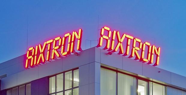 Kein guter Tag für Aixtron: Berlin hat die Genehmigung für die Übernahme durch Fujian zurückgezogen. Steckt ein Konkurrent dahinter, der den Deal verhindern will?