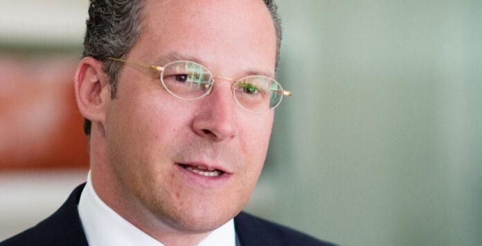 Sanierungsexperte Rainer Bizenberger kehrt nach einem Jahr bei EY wieder zu Alix Partners zurück.