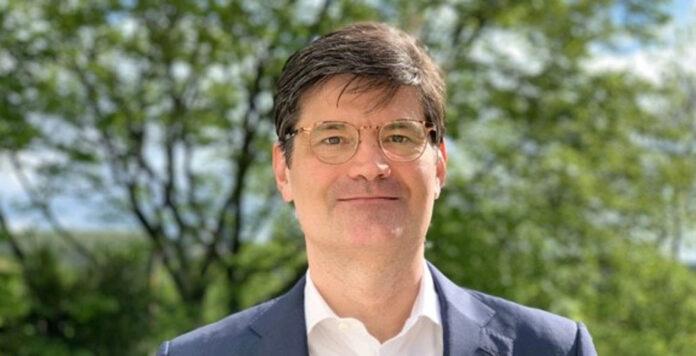 Hochkarätiger Neuzugang für die Kanzlei Ashurst: Es kommt der Ex-Rechtschef der Deutschen Bank, Florian Drinhausen.