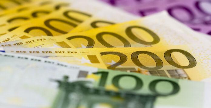 CFO, Treasurer, Buchhalter, Controller & Co.: Wer bekommt die höchste Vergütung? Der FINANCE-Gehaltsreport 2019 gibt Aufschluss.