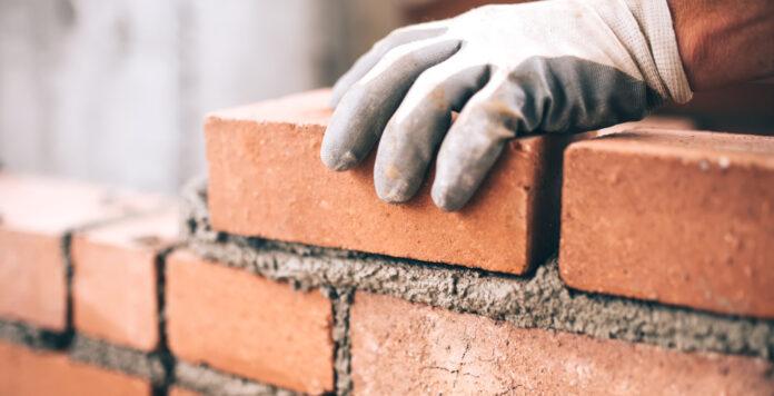 Private-Equity-Investoren sollten jetzt in die Baubranche investieren, meint die Unternehmensberatung Munich Strategy – vor allem aus einem Grund.