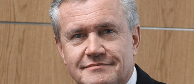 Leoni-CFO Dieter Bellé steigt auf und übernimmt zusätzlich den CEO-Job.