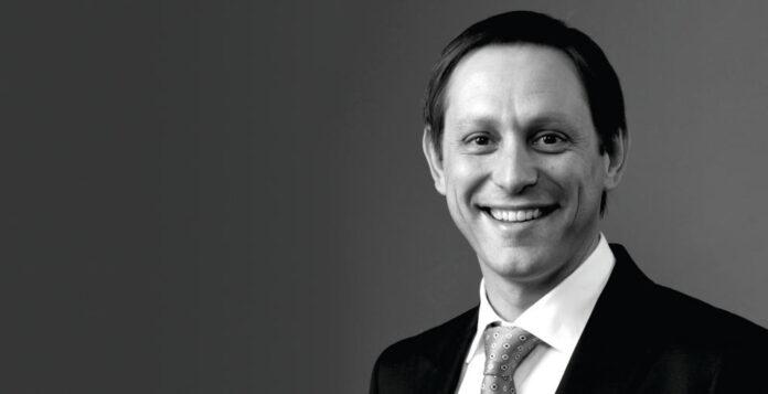 Der ehemalige Steinhoff-CFO Ben La Grange ist nun auch nicht mehr als Berater für das Unternehmen tätig.
