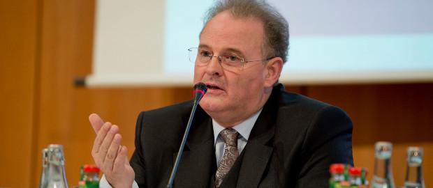 Das war seine letzte Hauptversammlung: Euromicrons langjähriger CEO Willibald Späth muss in Folge eines Bilanzskandals seinen Hut nehmen.
