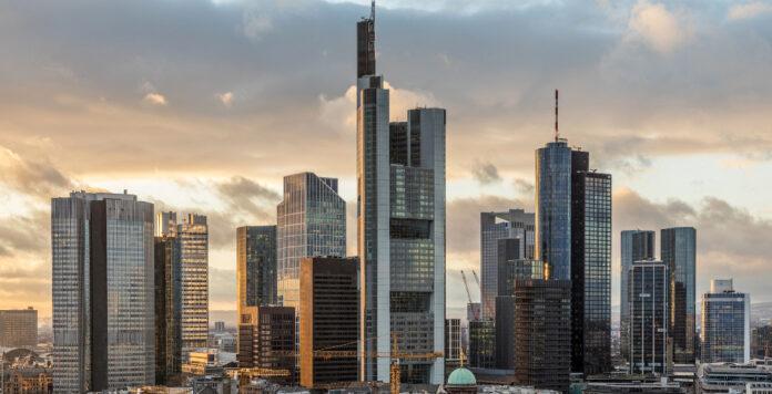 Chinesische und japanische Banken kommen im Zuge des Brexit nach Frankfurt.