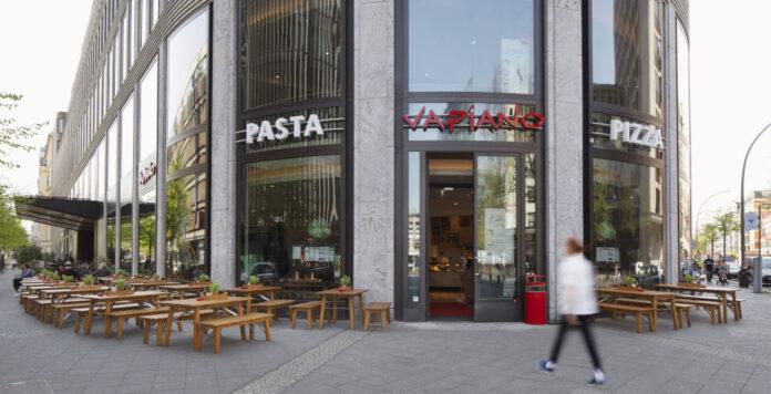 Überraschender Abgang bei der Restaurantkette Vapiano: CEO Cornelius Everke verlässt das Unternehmen.