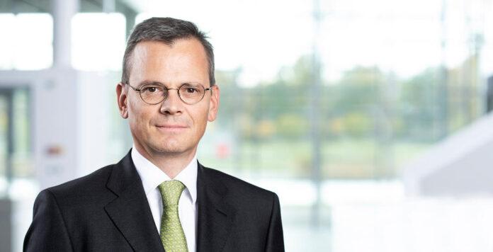 Wird bald die Finanzen des Flugzeugbauers Airbus verantworten: Infineon-CFO Dominik Asam.