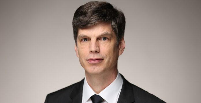 Der frühere Gigaset-CFO hat den Fernsehhersteller Loewe wieder verlassen.