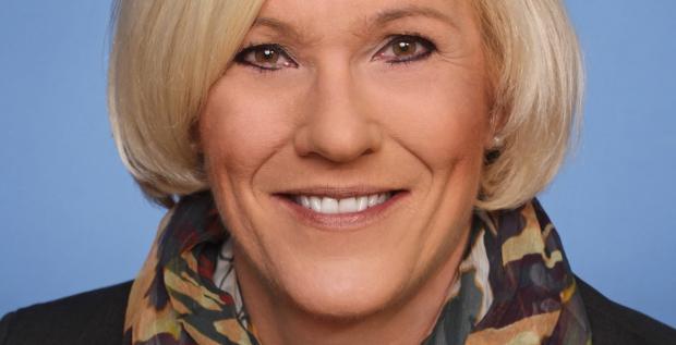 Christine Kamps ist seit Anfang August Finanzchefin des Logistikdienstleisters Noerpel. Die Wirtschaftsmathematikerin war vor ihrem Wechsel Head of Corporate Accounting des Logistikers Dachser.