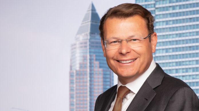 Neuer Finanzvorstand beim Fondsanbieter Universal-Investment: Ian Lees