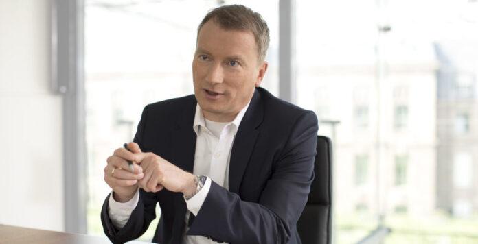 Vier M&A-Deals binnen weniger Monate: Den angekündigten Portfolioumbau setzte Bayer-CFO Wolfgang Nickl schneller um als geplant.