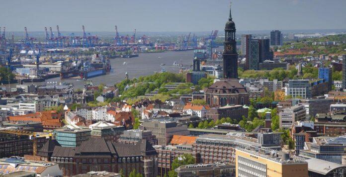 Die Hamburger M&A-Beratung CatCap expandiert: Mit zwei Zukäufen hat sich die Corporate-Finance-Boutique nun in London und Schweden verstärkt.