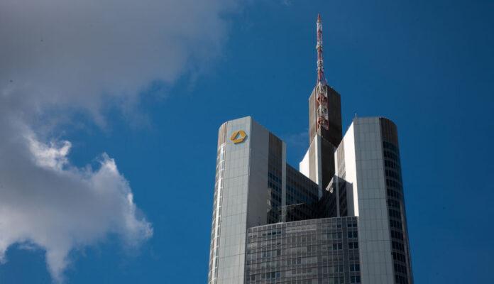 Zentrale der Commerzbank in Frankfurt: Bereitet man sich bereits auf Plan B vor?