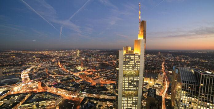 Commerzbank-Zentrale: In Frankfurt scheint man sich den leichteren Weg erkaufen zu wollen.