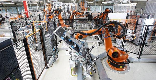 Midea streckt seine Fühler nach Kuka aus. Es wäre die bislang größte Übernahme eines chinesischen Unternehmens in Deutschland.