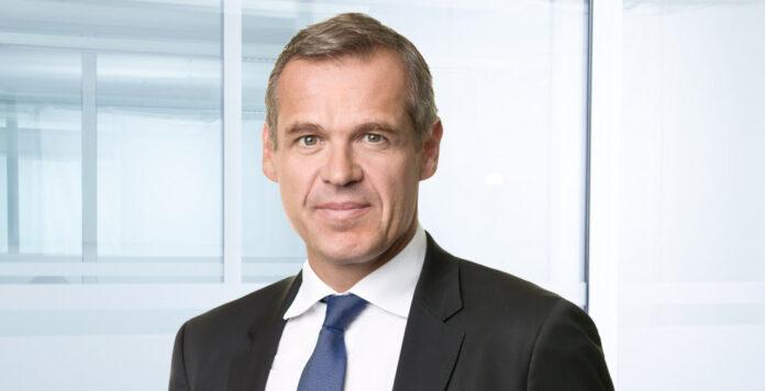 Ab Januar folgt Ingo Arnold Joachim Preisig als CFO von Freenet nach. Schon jetzt hat er eine Refinanzierung eingefädelt.