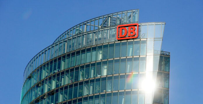 Wechselgerüchte: Barclays-Deutschlandchef Alexander Doll wechselt vielleicht in den Konzernvorstand der Deutschen Bahn.