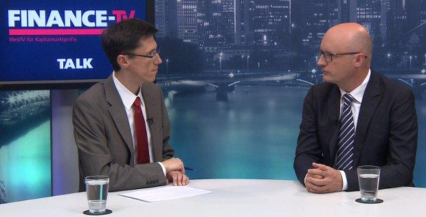 Thomas Gutschlag (rechts) bei FINANCE-TV: Weniger Risiko als bei der ersten Mittelstandsanleihe.