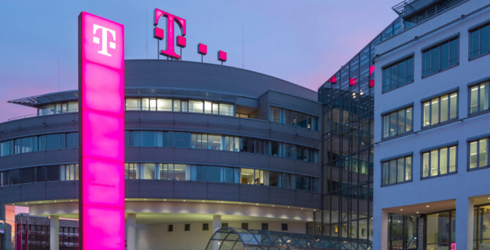 Die Deutsche Telekom hat sich lange auf den neuen Bilanzierungsstandard IFRS 15 vorbereitet. Jetzt wir klar, wie genau die Auswirkungen auf die Kennzahlen sein werden.
