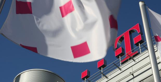 Die neue Leasingbilanzierung trifft die Deutsche Telekom hart. Wie der Konzern damit umgehen will, verrät er im Gespräch mit FINANCE.