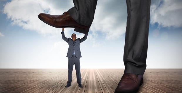 In der Verhandlungsarena geraten CFOs von allen Seiten unter Druck. Das Resultat ist reine Nervensache, meint FINANCE-Kolumnist Foad Forghani.