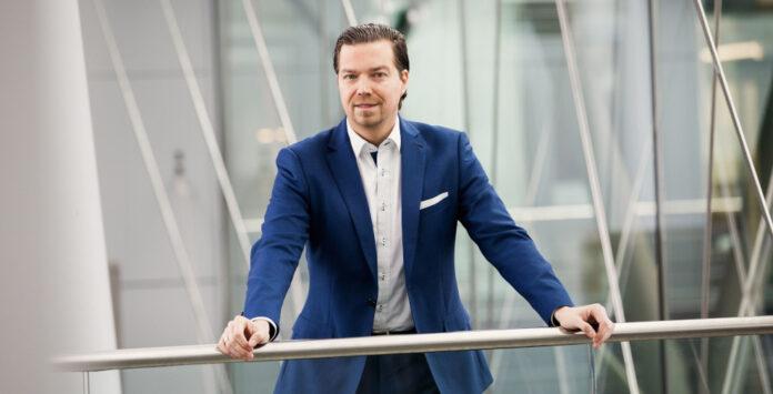 Marcus Dimpfel ist neuer Associate Partner im TMT-Team der Strategieberatung EY-Parthenon. Er leitete zuvor die Strategieentwicklung bei RTL.