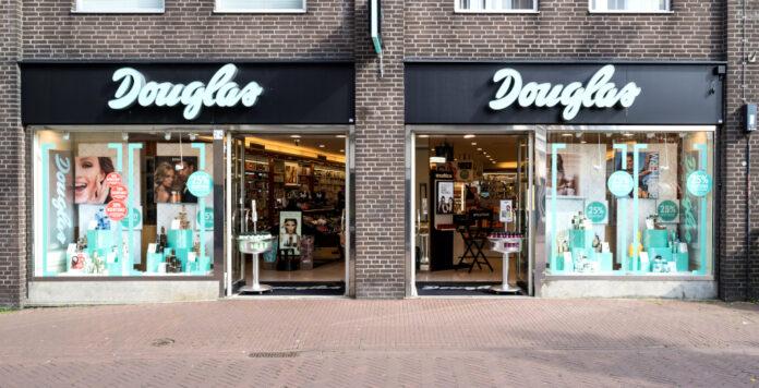 Douglas will in den kommenden Monaten umschulden. Dafür muss die Parfümeriekette einen ordentlichen Schuldenberg abtragen.