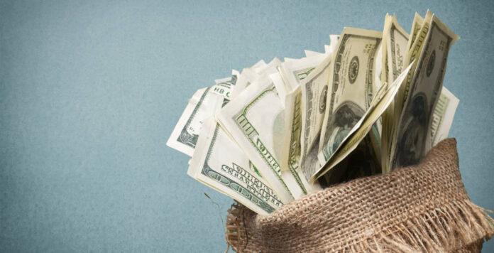 Mehr Geld für Buy-Outs: EQT sammelt für seinen neuen Debt-Fonds rund 2,3 Milliarden Euro ein.