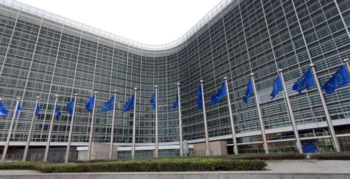 Die EU-Kommission in Brüssel ermuntert die Bundesregierung, den Sanierungserlass wieder in Kraft zu setzen. Sanierer und Krisenunternehmen atmen auf.
