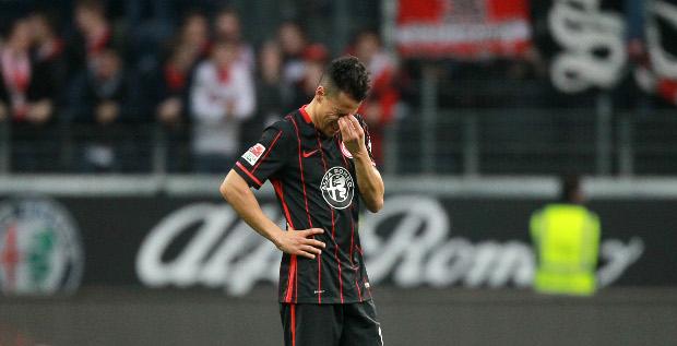 Der Eintracht dürfte bald nichts übrig bleiben, außer Spieler zu verkaufen.