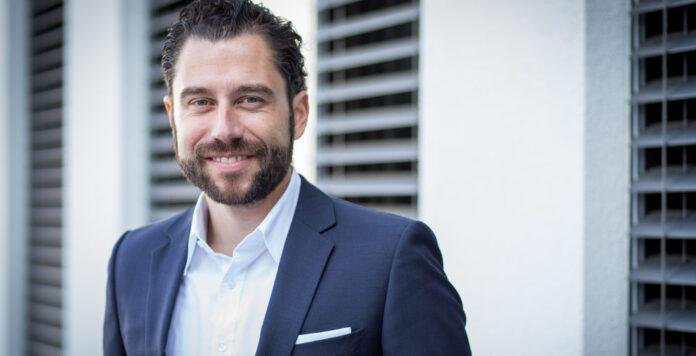 Entrafin-Mitgründer Stefan Fenner hat viele Jahre Banken beraten. Sein Fintech spezialisiert sich auf Einkaufsberatung.