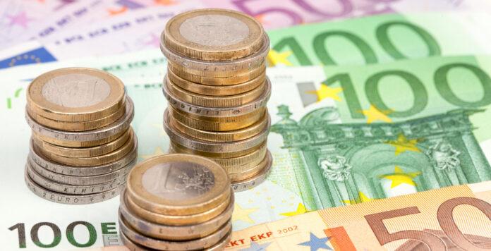 Wer ist der Top-Verdiener in der Finanzabteilung? Im neuen FINANCE-Gehaltsreport finden Sie die Antwort.