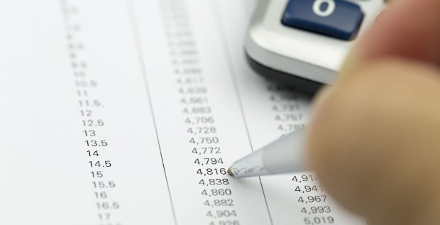 Nach wie vor sehen sich die M&A-Berater deutlich über dem Durchschnitt:Eine Due Diligence ist im Rahmen von M&A-Deals Pflicht. Doch wie die Daten zur Prüfung aufbereitet werden, verändert sich.