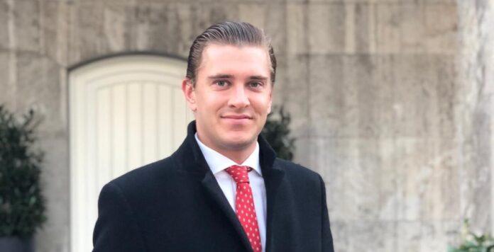 Der M&A-Berater Felix Engelhardt ist zur Corporate-Finance-Beratung Saxenhammer gewechselt.