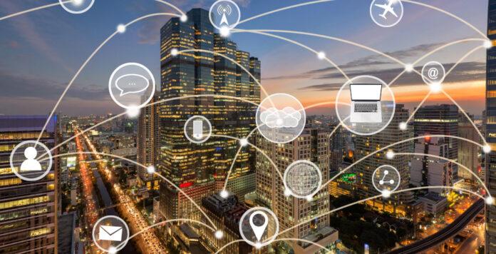 Tech-Konzerne als lachende Dritte? Wenn Banken und Fintechs nicht aufpassen, ziehen die Big-Tech-Konkurrenten womöglich mit eigenen Angeboten vorbei.