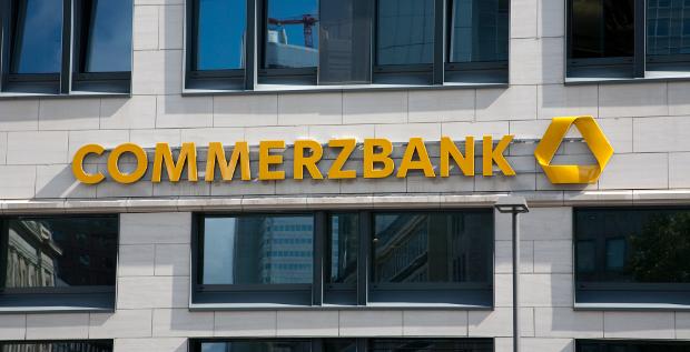 Die Commerzbank fischt wieder verstärkt in europäischen Gewässern und ruft eine Großkundenoffensive im Firmenkundengeschäft aus.